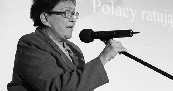W wieku 86 lat zmarła w Warszawie dr nauk medycznych Maria Dmochowska z domu Lipska - żołnierz Armii Krajowej, w czasach PRL działaczka opozycji demokratycznej, posłanka na Sejm X, I i II kadencji oraz była wiceprezes Instytutu Pamięci Narodowej.