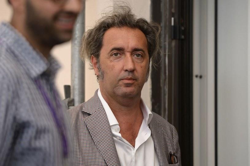 """Włoski reżyser Paolo Sorrentino (""""Wielkie piękno"""", """"Młody papież"""") zasiądzie w loży honorowej na stadionie Santiago Bernabeu podczas środowego meczu Ligi Mistrzów pomiędzy Realem Madryt a Napoli."""