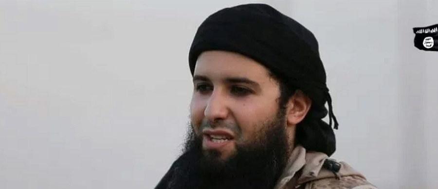 """Państwo Islamskie potwierdza śmierć głównego zleceniodawcy zamachów terrorystycznych we Francji - Rachida Kassima. Organizacja terrorystyczna opublikowała jego """"pośmiertny apel"""" do muzułmanów o zniszczenie Francji - """"kraju niewiernych"""", w którym się urodził."""