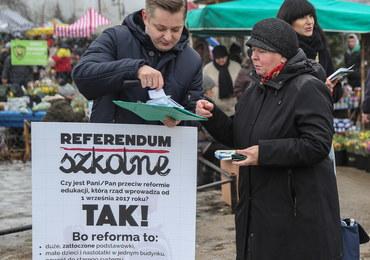W Warszawie zbierali podpisy ws. referendum edukacyjnego