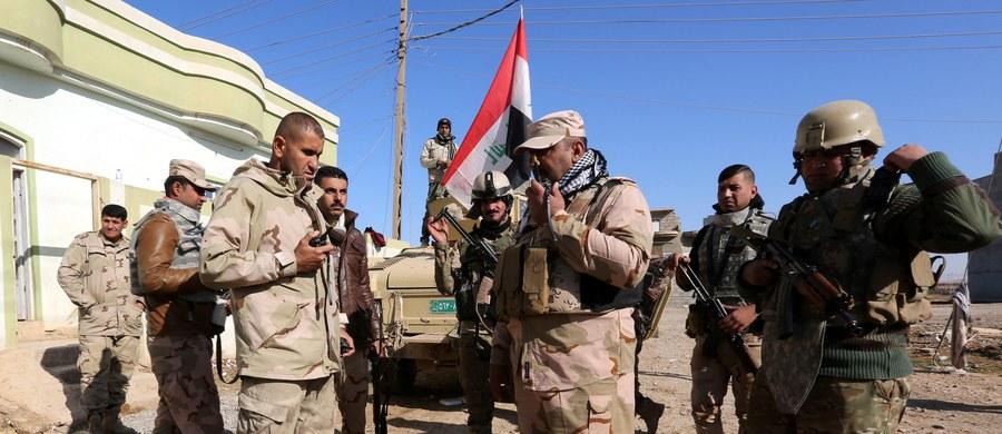 Premier Iraku Haider Abadi ogłosił rozpoczęcie operacji wyzwolenia zachodniej części miasta Mosul spod panowania dżihadystów. Miasto na północy Iraku jest kontrolowane przez Państwo Islamskie od 2014 roku.