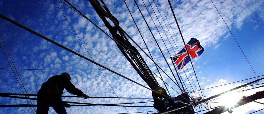Dowództwo brytyjskiej Marynarki Wojennej zakazało marynarzom umieszczania w kajutach fotografii roznegliżowanych kobiet. To wynik skarg składanych przez... panie w mundurach.