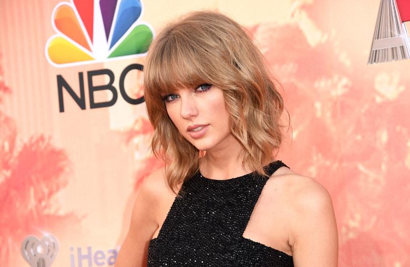 Fani Taylor Swift oszaleli na punkcie April Glorii. Cosplayerka i modelka wygląda bowiem identycznie, jak gwiazda pop.