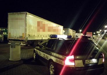 Tureckie ciężarówki zatrzymane przy A4. W jednej z nich byli cudzoziemcy