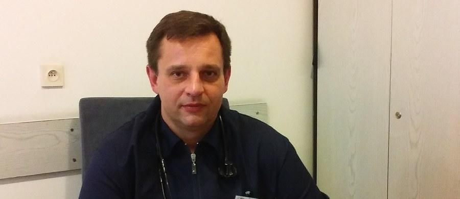 Co jest przyczyną nadciśnienia tętniczego? Co oznaczają terminy ciśnienie skurczowe i rozkurczowe? Między innymi na takie pytania dotyczące nadciśnienia odpowiadał dr Andrzej Wiśniewski - specjalista chorób wewnętrznych, hipertensjolog ze szpitala im. Żeromskiego w Krakowie. Nasz ekspert podpowiadał również jak obniżyć ciśnienie bez stosowania leków.
