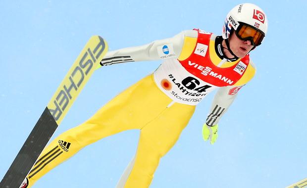 """Najlepszy obecnie norweski skoczek Daniel Andre Tande jest jedynym w reprezentacji, który ma indywidualnie dopasowany sprzęt w najmniejszych detalach. Przyznał, że przed każdym konkursem """"rozmawia"""" ze swoim kombinezonem. W sobotę będzie walczył o medal mistrzostw świata w Lahti."""
