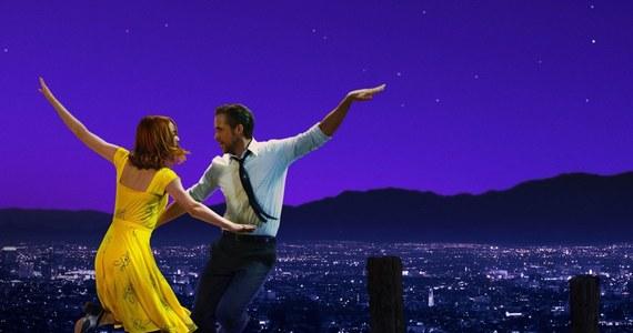 """Było 14 nominacji, a skończyło się na 6 statuetkach. """"La La Land"""" nie zgarnął wyróżnienia dla najważniejszego filmu, ale nie zmienia to faktu, że pokochali go widzowie z całego świata. Nasz amerykański korespondent postanowił wybrać się w podróż do miejsc, w których pojawiali się główni bohaterowie filmu - Mia i Sebastian."""
