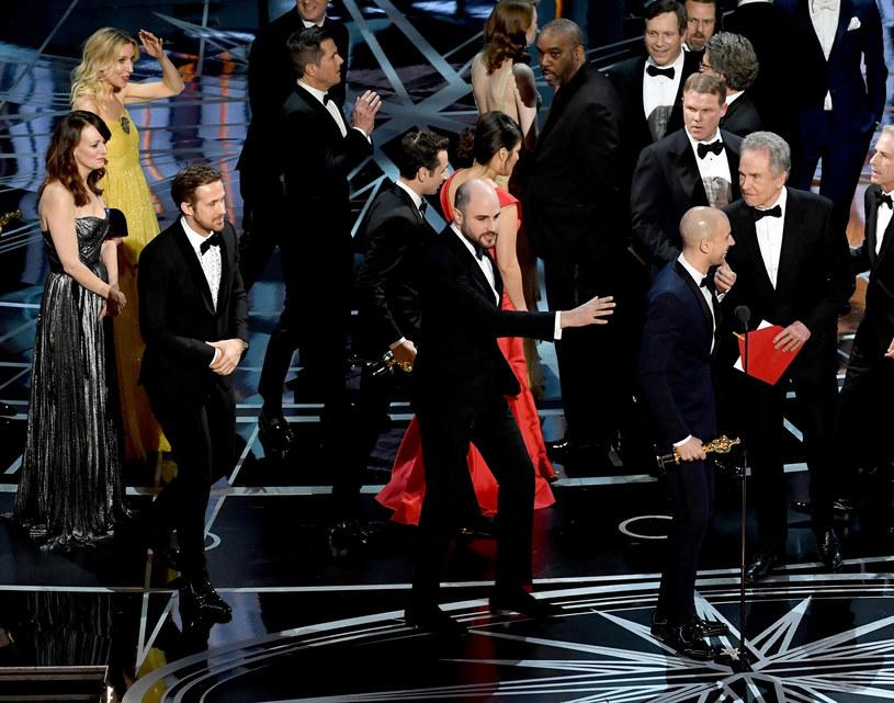 Jimmy Kimmel - gospodarz zakończonej kompromitującą pomyłką oscarowej gali - w swoim programie opowiedział o tym, jak zgodnie z planem miała się skończyć ceremonia. Mówił też o tym, jak całe zamieszanie wyglądało z jego perspektywy.