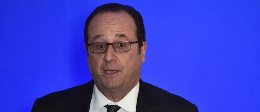 Francuski żandarm przypadkowo oddał strzały podczas przemówienia prezydenta Francois Hollande'a na zachodzie kraju i lekko ranił dwie osoby - poinformowały źródła zaznajomione z tą sprawą, na które powołuje się agencja AFP.