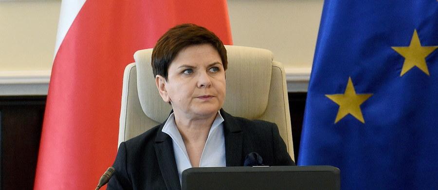Dziś rozmowa Beata Szydło - Angela Merkel. Jak dowiedział się nieoficjalnie dziennikarz RMF FM, szefowa polskiego rządu ma zadzwonić do kanclerz Niemiec i przekonywać ją, by ta nie popierała Donalda Tuska na kolejną kadencję przewodniczącego Rady Europejskiej.