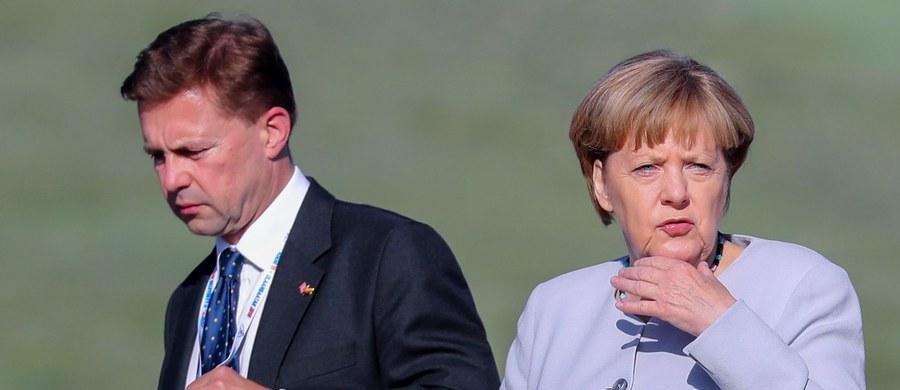 Rzecznik rządu Niemiec Steffen Seibert powiedział, że kanclerz Angela Merkel bardzo sobie ceni pracę Donalda Tuska jako przewodniczącego Rady Europejskiej. Odmówił ustosunkowania się do pogłosek, że rząd Polski planuje alternatywną kandydaturę.