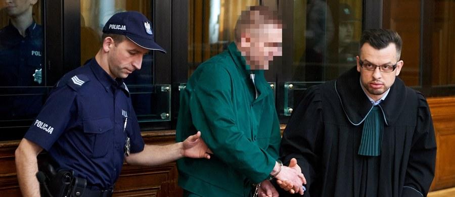 Marcin P., główny oskarżony w sprawie Amber Gold, wbrew wcześniejszym deklaracjom nie chce złożyć zeznań przed sejmową komisją śledczą badającą aferę - dowiedział się reporter RMF FM Kuba Kaługa. Dzisiaj ujawniliśmy, że sąd zgodził się na przesłuchania Marcina P. i  jego żony Katarzyny P. 28 i 29 marca.
