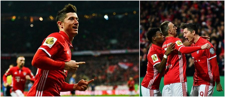 Robert Lewandowski bohaterem pojedynku Bayernu Monachium z Schalke 04 Gelsenkirchen w ćwierćfinale Pucharu Niemiec: w spotkaniu wygranym przez Bawarczyków 3:0 Polak strzelił dwa gole i asystował przy trzecim! Tym samym wprowadził swój zespół do półfinału.