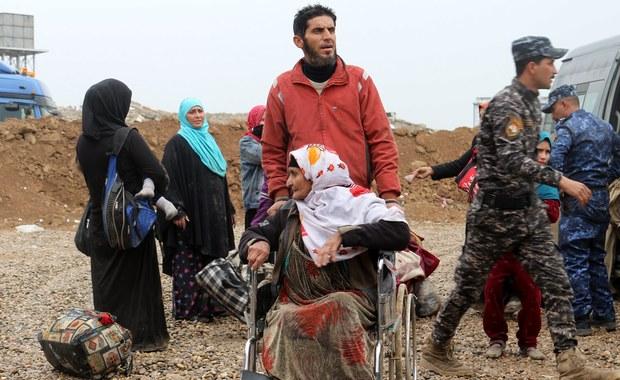 12 osób, w tym kobiety i dzieci, zostało poddanych leczeniu po narażeniu na działanie substancji chemicznej wykorzystanej pod Mosulem, który siły irackie próbują odbić z rąk Państwa Islamskiego - podały w sobotę źródła ONZ.
