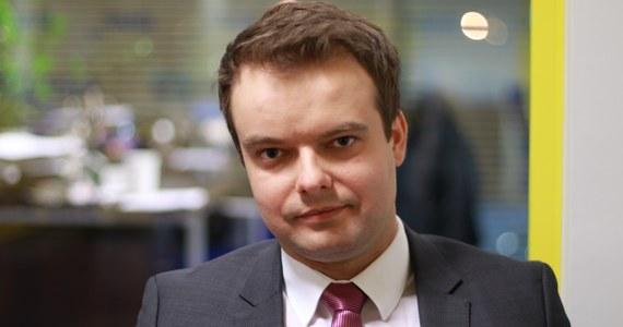 W ciągu dwóch tygodni instytucje takie jak m.in. MON, MSZ, IPN, GUS, ZUS przeprowadzą w swoich zasobach kwerendę dokumentów, które mogą być przydatne w pracach zespołu ds. reparacji kierowanego przez posła Arkadiusza Mularczyka - poinformował PAP rzecznik rządu Rafał Bochenek.