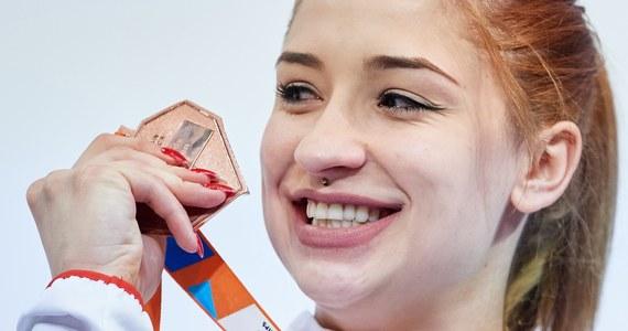 Ewa Swoboda (AZS AWF Katowice) czasem 7,10 w biegu na 60 m wywalczyła brązowy medal halowych lekkoatletycznych mistrzostw Europy w Belgradzie. Wygrała Brytyjka Asha Philip - 7,06, a druga - z takim samym wynikiem co Polka - była Ukrainka Olesia Powh.