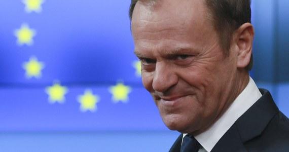 Słowacy i Czesi popierają kandydaturę Donalda Tuska na drugą kadencję przewodniczącego Rady Europejskiej. Nie popierają natomiast Jacka Saryusz-Wolskiego zgłoszonego przez polski rząd - ustaliła korespondentka RMF FM. Wieczorem w Brukseli odbyło się spotkanie Witolda Waszczykowskiego między innymi z przedstawicielami Grupy Wyszehradzkiej. Szef polskiej dyplomacji szuka poparcia dla Saryusz-Wolskiego.