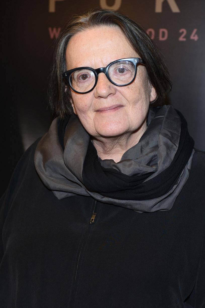 """Janina Duszejko to postać walczącej mścicielki, a nie bezradna kobieta samotna - powiedziała o głównej bohaterce """"Pokotu"""" Agnieszka Holland. Reżyserka podkreśliła, że w swoim ostatnim filmie opowiada także o tym, co robią ludzie w momencie zwrotnym."""