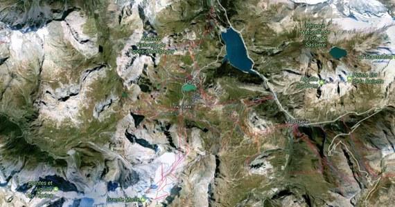 Pierwsze informacje były bardzo niepokojące. Służby ratunkowe z kurortu Tignes w Alpach Sabaudzkich we Francji donosiły, że pod lawiną, która przed południem zeszła z gór, mogło znaleźć się wielu narciarzy. Potem okazało się, że pod śniegiem było około 10 osób, które wydostały się z lawiny o własnych siłach.