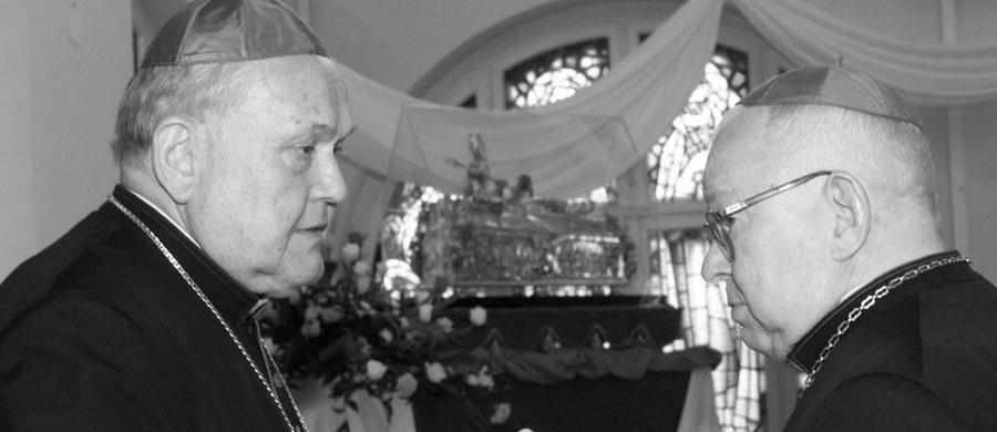 Po długiej chorobie zmarł pierwszy biskup legnicki Tadeusz Rybak - podała Katolicka Agencja Informacyjna. Duchowny miał 88 lat.