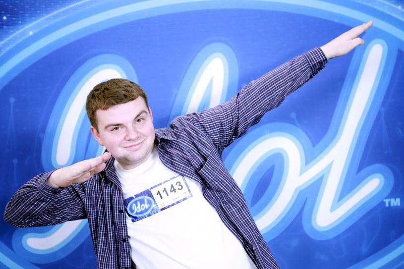 """Jednym z barwniejszych uczestników czwartego odcinka """"Idola"""" był 20-letni Patryk Jaszek."""