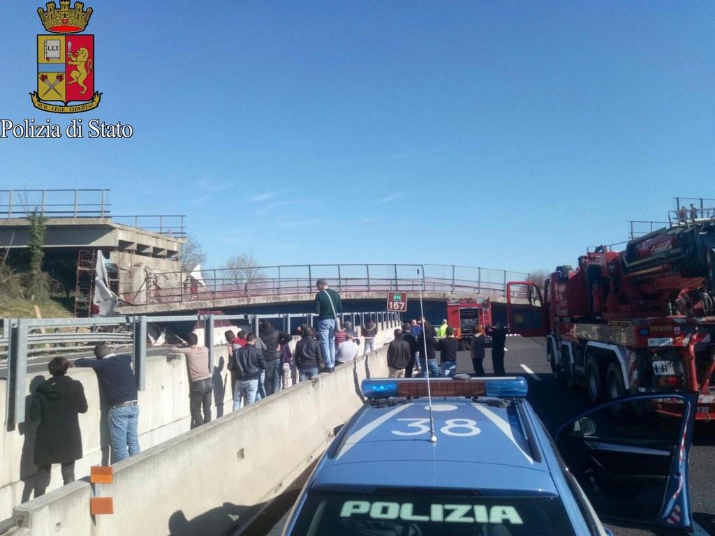 POLICE PRESS OFFICE HANDOUT