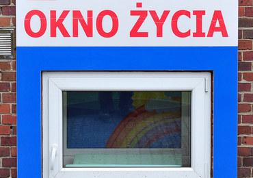 Wrocław: Niemowlę pozostawione w oknie życia
