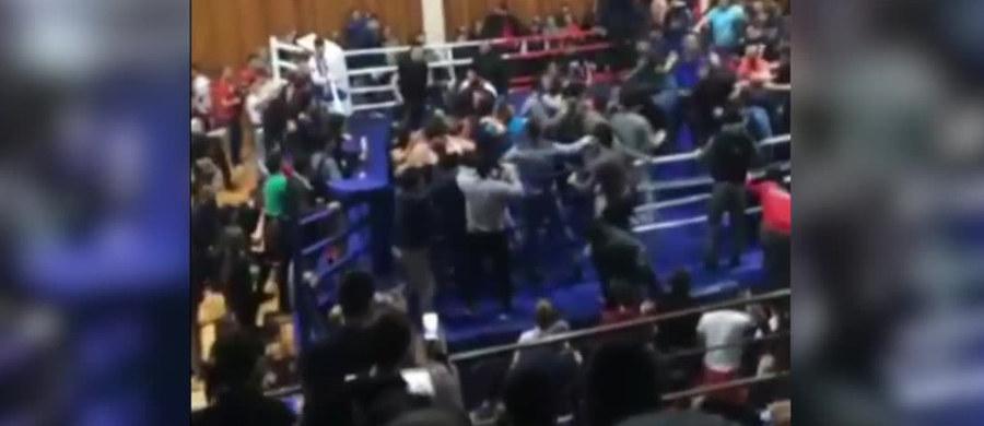 Dramatyczny finał miała gala MMA w rosyjskiej Machaczkale.