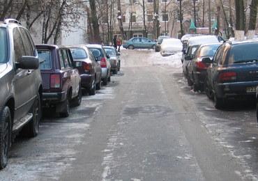 Rosja wprowadza nowe drogowe normy: wielkości dziur w jezdni...