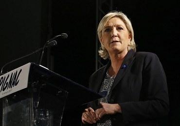 """Z ust Le Pen nie padły słowa o """"demontażu"""" UE. Autor artykułu przeprasza"""