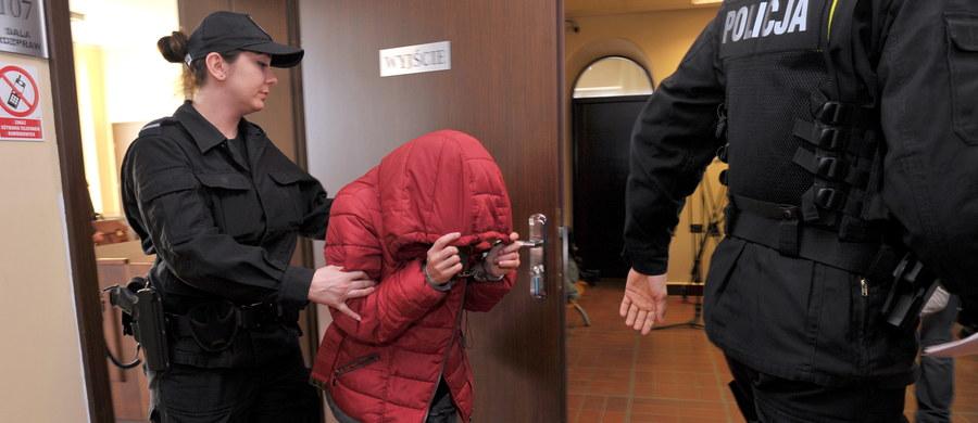 Jutro poparzona 5-latka spod Gryfic w Zachodniopomorskiem będzie mogła opuścić szpital - dowiedziała się reporterka RMF FM Aneta Łuczkowska. Dziewczynka trafiła na oparzeniówkę szpitala w Szczecinie Zdrojach po tym, jak została wykąpana w zbyt gorącej wodzie.