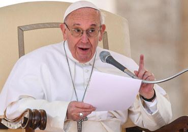 Papież: Miłość nie może być telenowelą