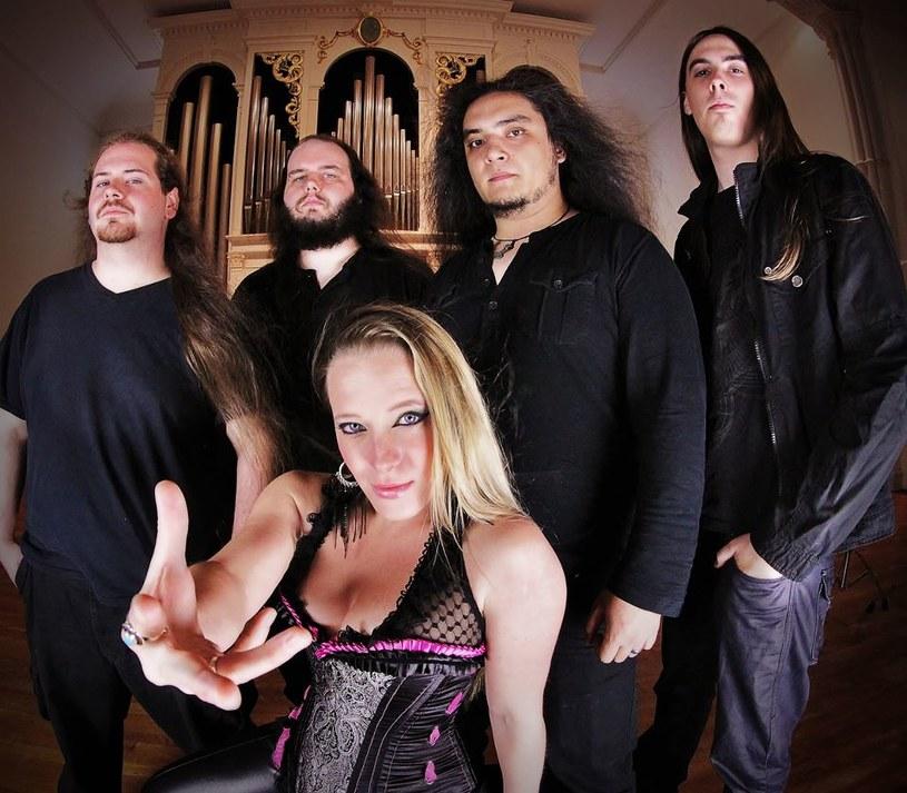 Florydzka grupa Seven Kingdoms podpisała kontrakt z Napalm Records.