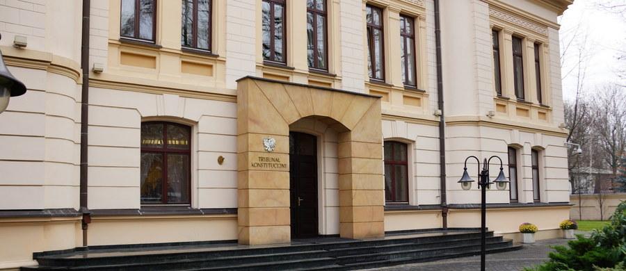 Mimo kontrowersji Michał Warciński znalazł się w składzie 11 sędziów orzekających właśnie w Trybunale Konstytucyjnym. Trybunał uznał, że nowelizacja Prawa o zgromadzeniach zgodna z konstytucją. Wniosek do TK złożył prezydent. Czterech z 11 orzekających w sprawie sędziów TK zgłosiło zdanie odrębne do wyroku.