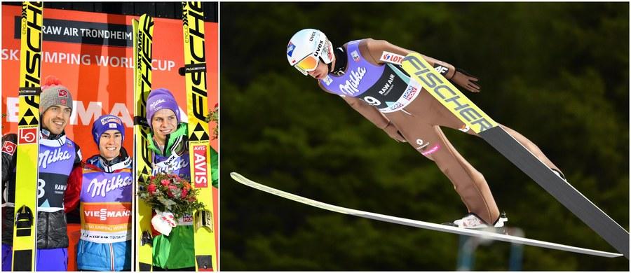 Stefan Kraft zwiększa przewagę nad Kamilem Stochem w klasyfikacji generalnej Pucharu Świata. Austriak, który jest liderem cyklu, triumfował w konkursie w norweskim Trondheim - Kamil Stoch zajął natomiast piąte miejsce.