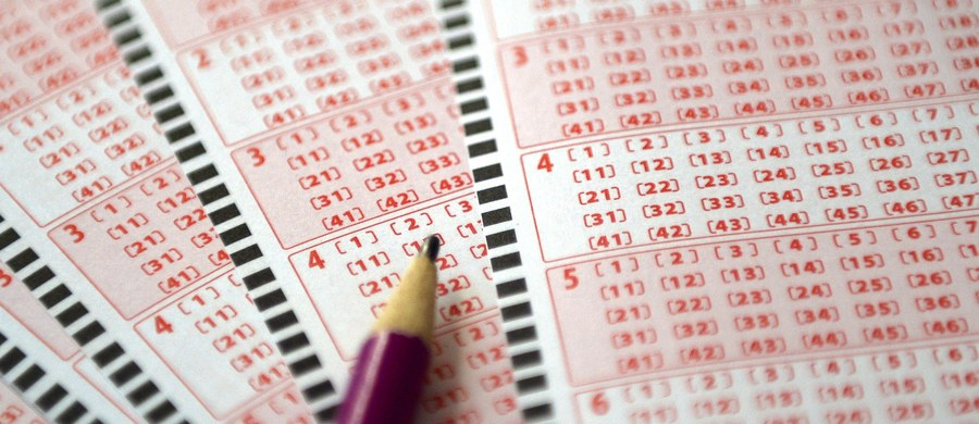 9, 10, 25, 35, 44, 45 - to wyniki czwartkowego losowania Lotto, w którym do zgarnięcia było ponad 35 milionów złotych. Sprawdziliście już swoje kupony?