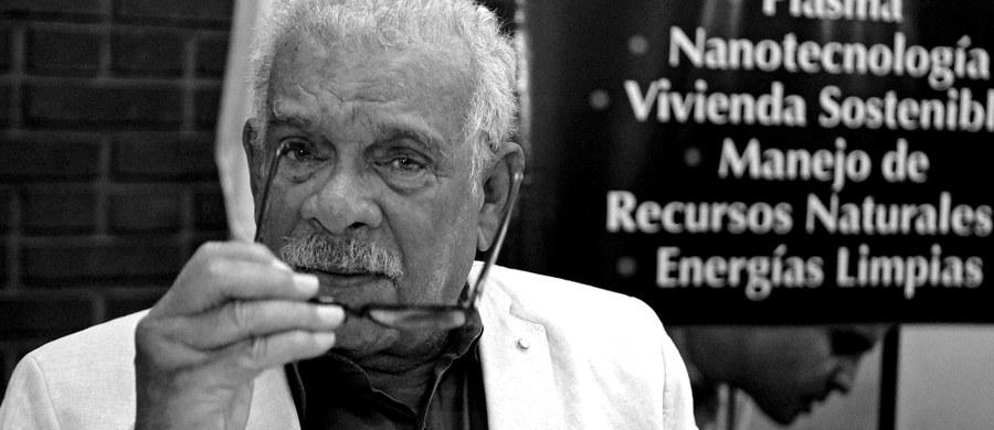 W wieku 87 lat zmarł angielskojęzyczny poeta Derek Walcott, uhonorowany w 1992 roku literacką nagrodą Nobla.