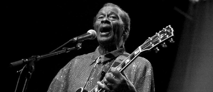 W wieku 90 lat zmarł Chuck Berry, słynny amerykański muzyk, legenda rock and rolla. O śmierci artysty poinformowała policja w amerykańskim stanie Missouri.