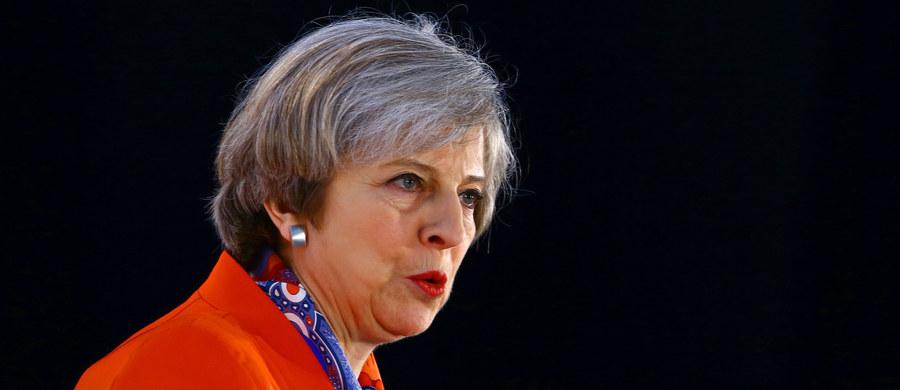"""Wielka Brytania i Niemcy podpiszą nowe porozumienie o współpracy w dziedzinie obronności, gdy rząd w Londynie formalnie rozpocznie negocjacje w sprawie wystąpienia z Unii Europejskiej - pisze """"Financial Times"""".  """"Niezależnie od skutków Brexitu Wielka Brytania pozostaje silnym partnerem i sojusznikiem w NATO oraz w relacjach dwustronnych"""" - podkreślił brytyjski resort obrony w wydanym oświadczeniu."""