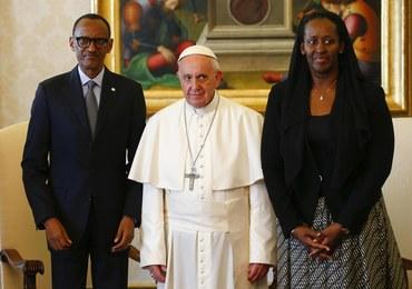 Papież Franciszek przeprosił za grzechy Kościoła w Rwandzie