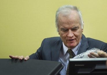 """""""Rzeźnik z Bałkanów"""" czeka na wyrok za zbrodnie wojenne. Obrońcy chcą jego czasowego zwolnienia"""