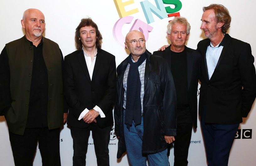 """Gitarzysta Steve Hackett ujawnił, że rozmawia z wokalistą Peterem Gabrielem na temat pełnego powrotu Genesis. """"Jest to możliwe"""" - mówi muzyk."""