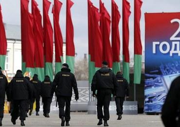 Zwierzchnik katolików na Białorusi wzywa władzę i społeczeństwo do dialogu