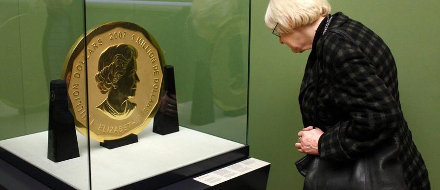 Z berlińskiego muzeum im. Bodego skradziono złotą monetę o nominalnej wartości 1 miliona amerkańskich dolarów (niespełna 3 mln złotych). Gigantyczna moneta waży 100 kilogramów.