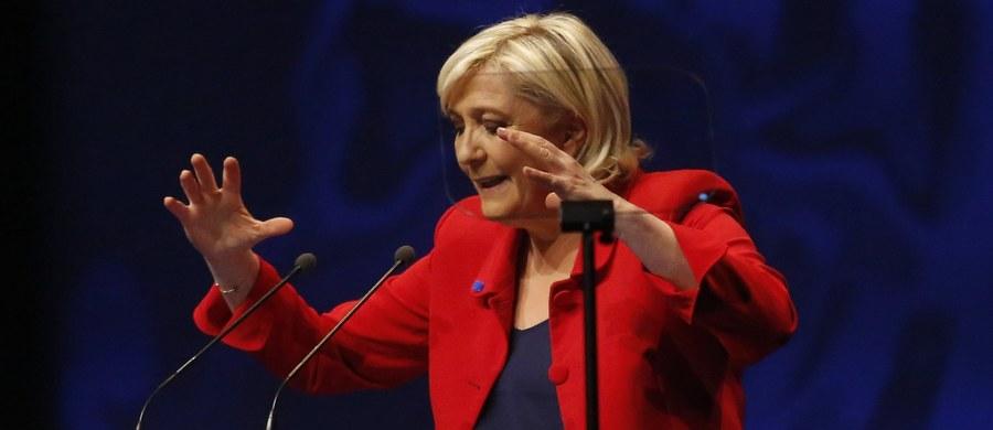 """""""To prawie koniec Unii Europejskiej"""" - oceniła w wywiadzie dla telewizji BBC kandydatka na prezydenta Francji Marine Le Pen. Przekonywała, by zamiast czekać na upadek UE, trzeba przekształcić ją w """"Europę narodów"""", szanując wybory obywateli. W trakcie wywiadu szefowa Frontu Narodowego nawiązała także do Polski."""