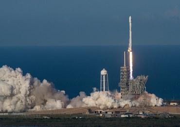 Historyczny lot rakiety z odzysku. Falcon 9 wyniosła na orbitę sztucznego satelitę