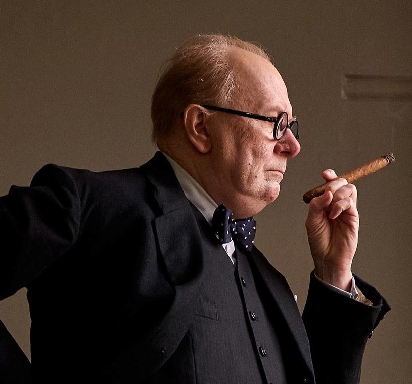 """26 stycznia 2018 na ekrany kin wejdzie biograficzny film """"Darkest Hour"""", opowiadający o początkach Winstona Churchilla na fotelu premiera wielkiej Brytanii."""