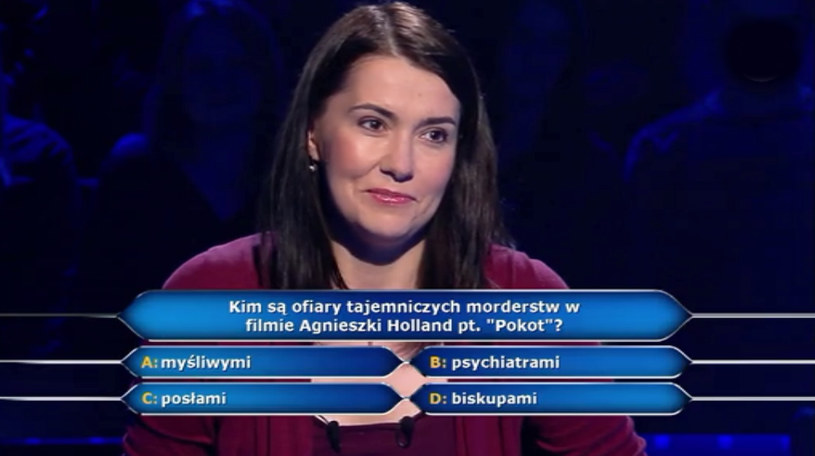 """125 tys. zł wygrała w """"Milionerach"""" Katarzyna Romanek z Krakowa. W kolejnym odcinku teleturnieju, który widzowie TVN zobaczą we wtorek, 4 kwietnia, będzie kontynuowała grę o milion. Kwotę gwarantowaną zapewniła jej dobra odpowiedź na pytanie związane z filmem Agnieszki Holland """"Pokot""""."""