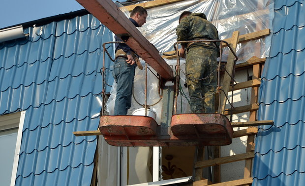 Prokuratura Krajowa wszczęła śledztwo ws. okoliczności ostrzelania Konsulatu Generalnego Polski w Łucku na północnym zachodzie Ukrainy. Śledztwo zostało wszczęte z urzędu, będzie je prowadzić Agencja Bezpieczeństwa Wewnętrznego - podała PK.