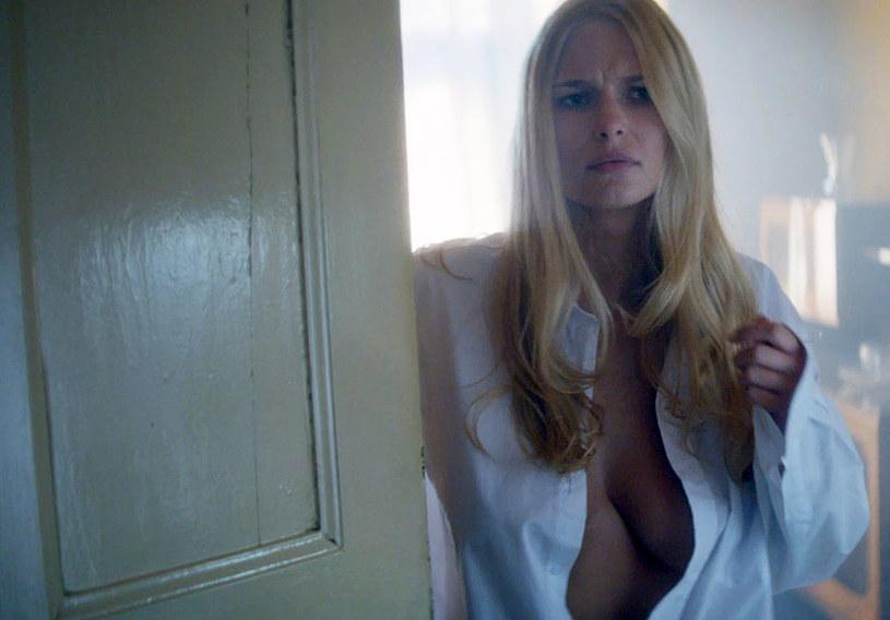 """Jedną z głównych ról w filmie """"Gwiazdy"""" Jana Kidawy-Błońskiego zagrała modelka Karolina Szymczak."""
